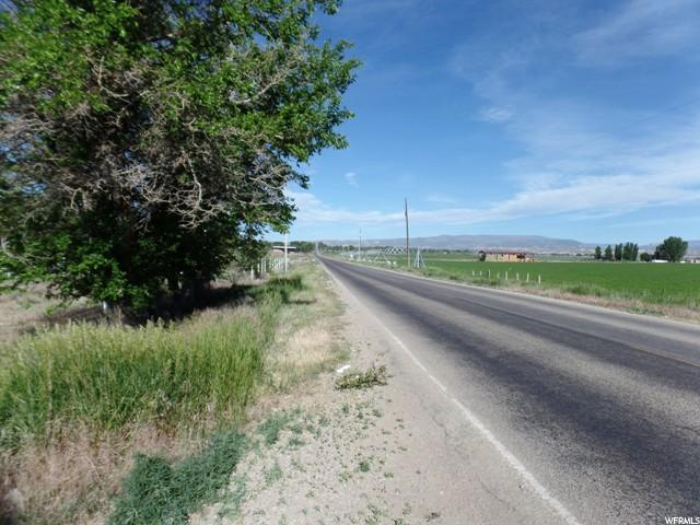 Additional photo for property listing at 2560 E 500 N 2560 E 500 N Vernal, Utah 84078 Estados Unidos