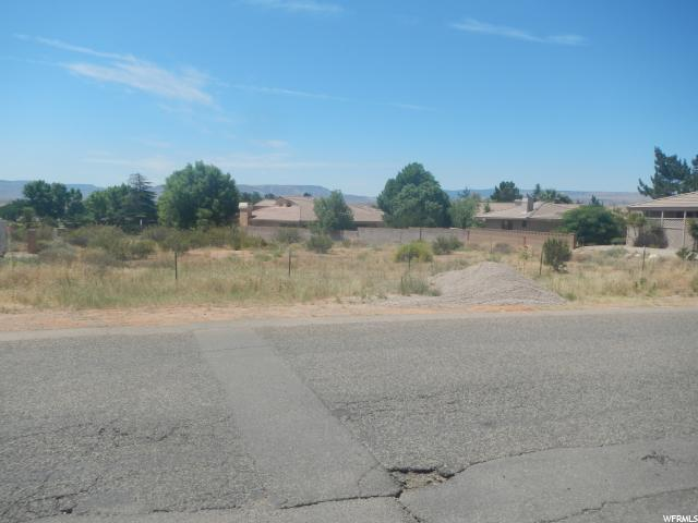 Terrain pour l Vente à 1579 W NAVAJO Drive Bloomington, Utah 84790 États-Unis