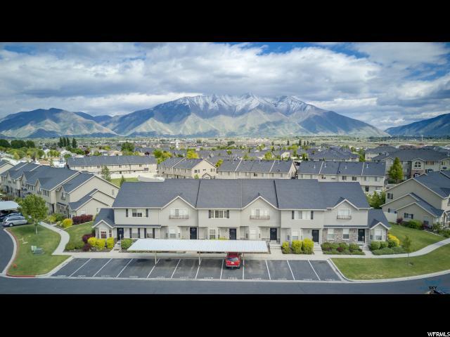 Casa unifamiliar adosada (Townhouse) por un Venta en 1077 S KINGSBURY Road 1077 S KINGSBURY Road Unit: 113 Springville, Utah 84663 Estados Unidos