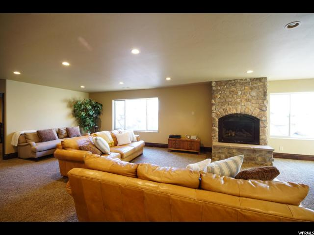 Additional photo for property listing at 2054 E 6425 S 2054 E 6425 S Holladay, Utah 84121 United States