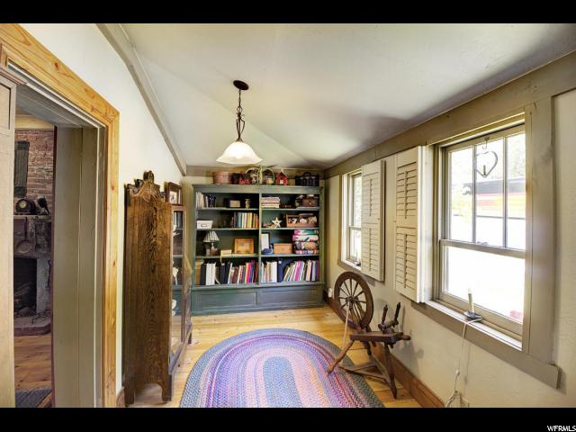 Additional photo for property listing at 10 W CENTER 10 W CENTER Toquerville, Utah 84774 United States