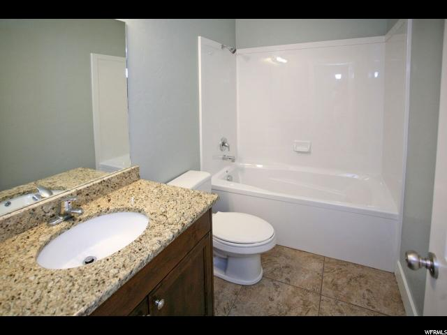 Additional photo for property listing at 1252 E SAGEBERRY Drive 1252 E SAGEBERRY Drive Unit: COLMB Santaquin, Utah 84655 États-Unis