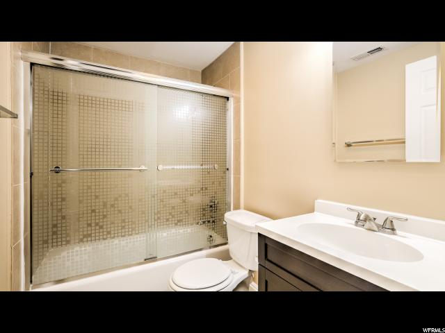 Additional photo for property listing at 1460 W 1300 S Street 1460 W 1300 S Street 盐湖城市, 犹他州 84104 美国