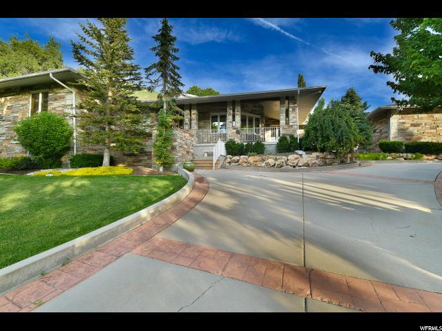 Single Family for Sale at 1908 E BEAR CREEK Drive Draper, Utah 84020 United States