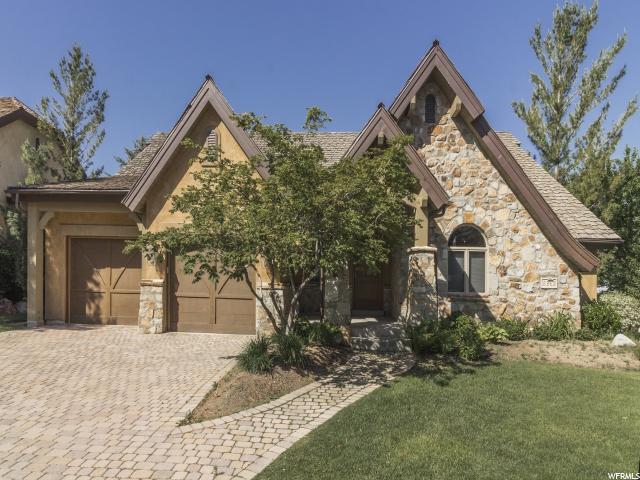 Condominio por un Alquiler en 8362 S VIA RIVIERA WAY Cottonwood Heights, Utah 84093 Estados Unidos