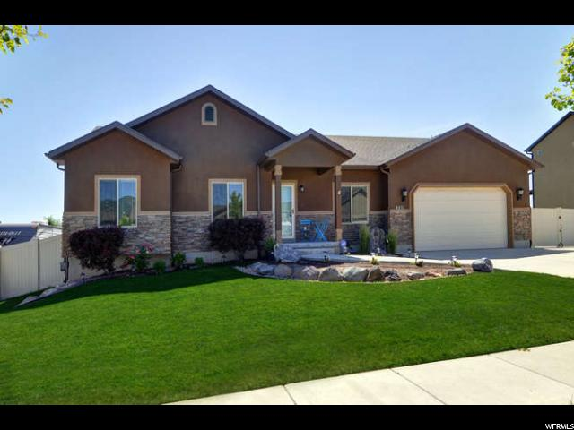 8427 S SNOW CANYON DR, West Jordan UT 84081