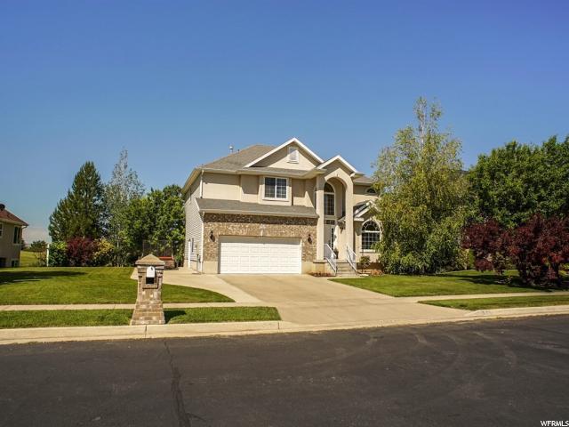 单亲家庭 为 销售 在 1490 TROON Drive 1490 TROON Drive Syracuse, 犹他州 84075 美国