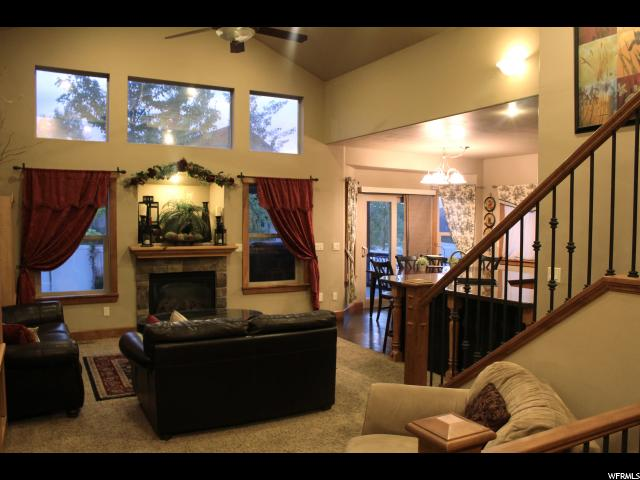 14208 S TEMPEST RIDGE CIR Herriman, UT 84096 - MLS #: 1460645