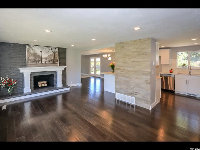 2273 E 7160 S, Cottonwood Heights UT 84121