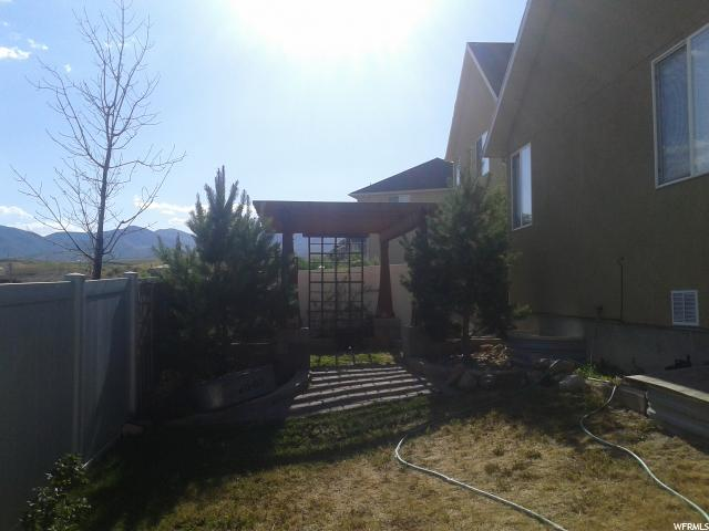 Additional photo for property listing at 7153 W 8170 S 7153 W 8170 S West Jordan, Utah 84081 United States
