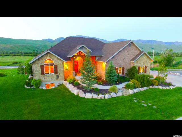 Unifamiliar por un Venta en 3740 N 3675 W Peterson, Utah 84050 Estados Unidos