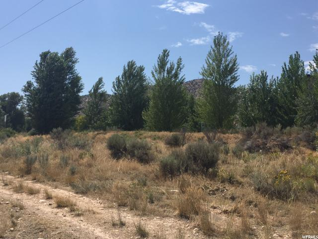 Additional photo for property listing at 166 S 3500 W 166 S 3500 W Vernal, Utah 84078 United States