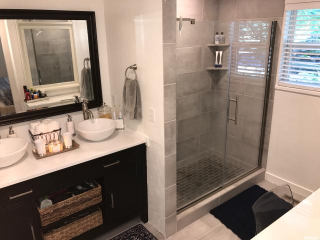 Additional photo for property listing at 1055 E THRUSHWOOD Drive 1055 E THRUSHWOOD Drive Logan, 犹他州 84321 美国
