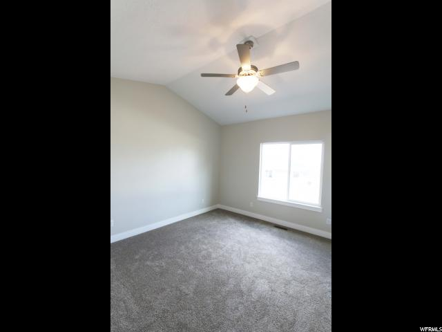 Additional photo for property listing at 528 W GOOSENEST Drive 528 W GOOSENEST Drive Unit: 47 Elk Ridge, Utah 84651 États-Unis