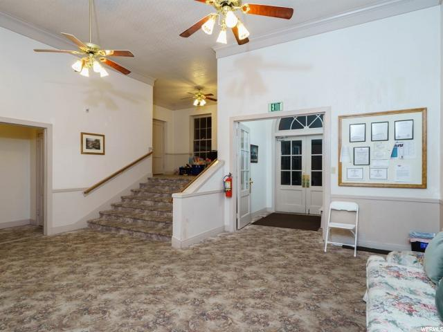 Additional photo for property listing at 1387 W 1800 N  Clinton, 犹他州 84015 美国