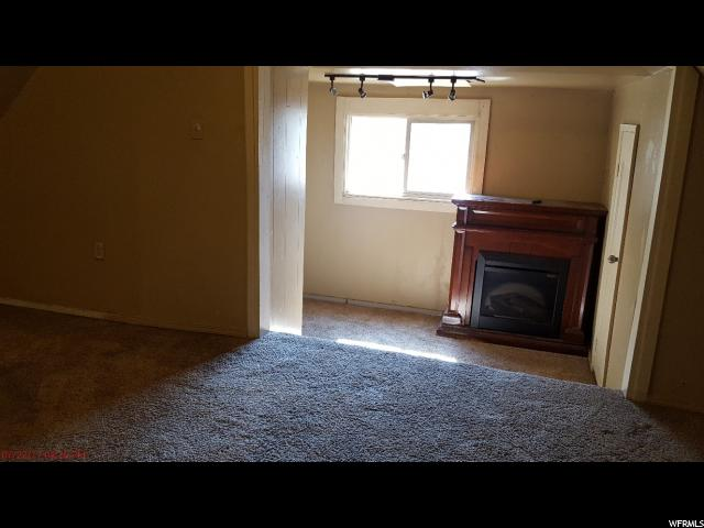 Additional photo for property listing at 283 N 500 E 283 N 500 E Vernal, Utah 84078 United States