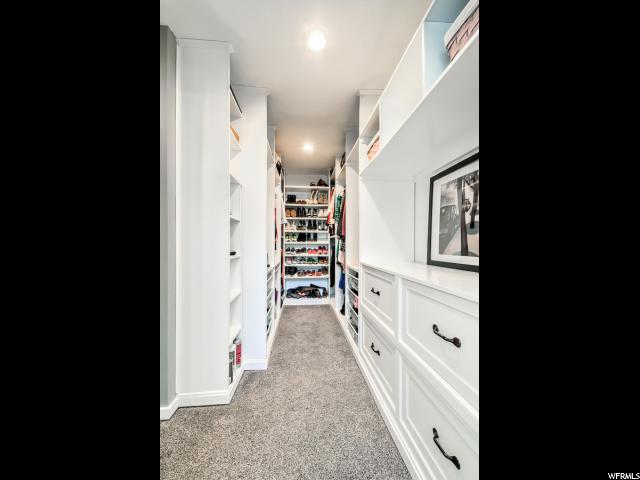 600 E SOUTH WEBER DR South Weber, UT 84405 - MLS #: 1462026