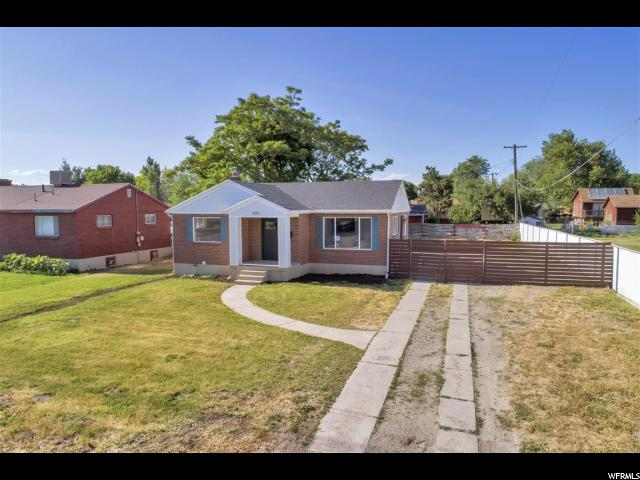Single Family للـ Sale في 581 E 9400 S 581 E 9400 S Sandy, Utah 84070 United States