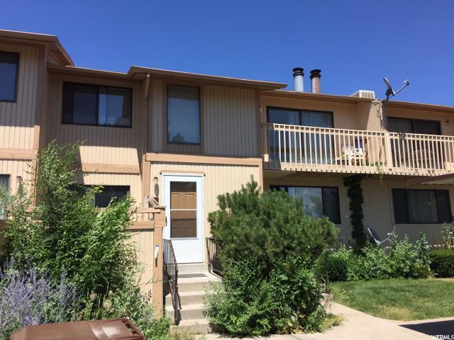 شقة بعمارة للـ Sale في 1580 E 900 S 1580 E 900 S Unit: C Clearfield, Utah 84015 United States
