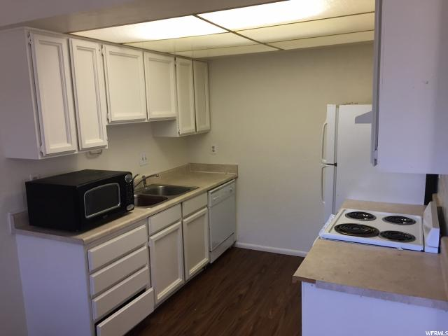 Additional photo for property listing at 1580 E 900 S 1580 E 900 S Unit: C Clearfield, Utah 84015 United States