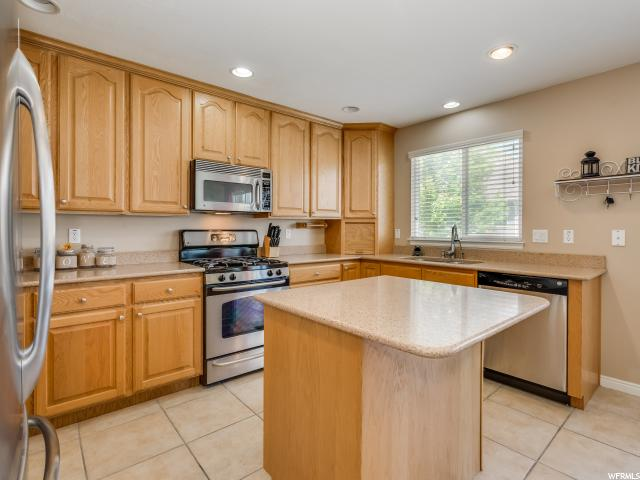 352 W BEACH TREE LN Stansbury Park, UT 84074 - MLS #: 1462441