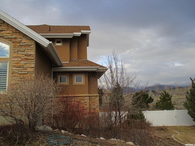 8627 NORTH CANYON WASH DR Unit 101 Eagle Mountain, UT 84005 - MLS #: 1462632