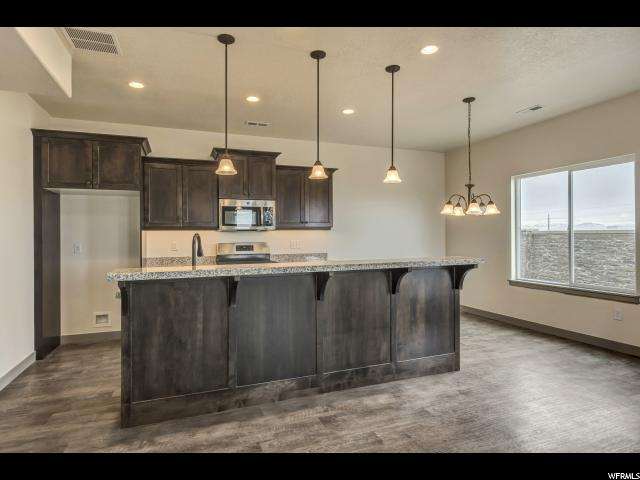 Additional photo for property listing at 11871 S BLACK HILLS Lane 11871 S BLACK HILLS Lane Unit: 248 Herriman, Utah 84096 Estados Unidos