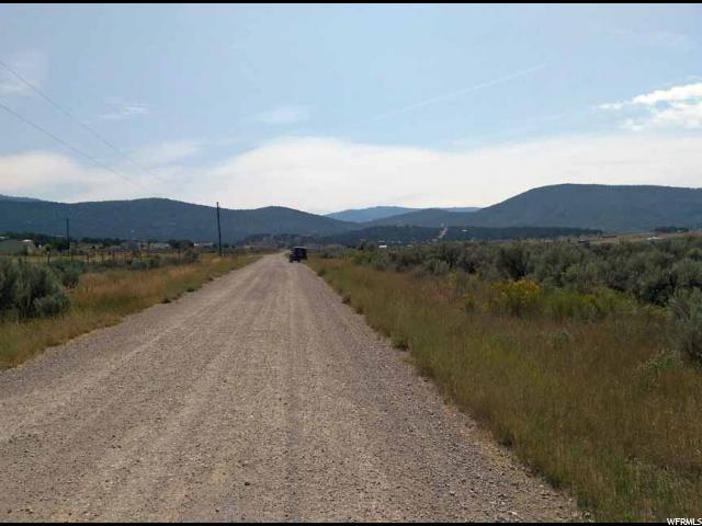 Additional photo for property listing at 370 E COBBLE CREEK Drive 370 E COBBLE CREEK Drive Fairview, Utah 84629 États-Unis