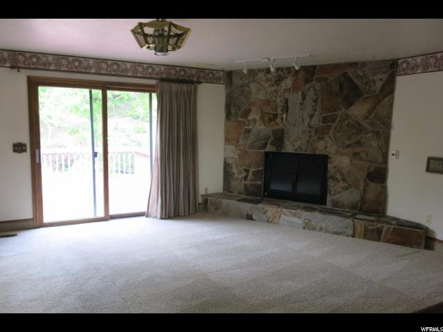 Additional photo for property listing at 42 N 3175 E 42 N 3175 E Layton, Utah 84040 Estados Unidos