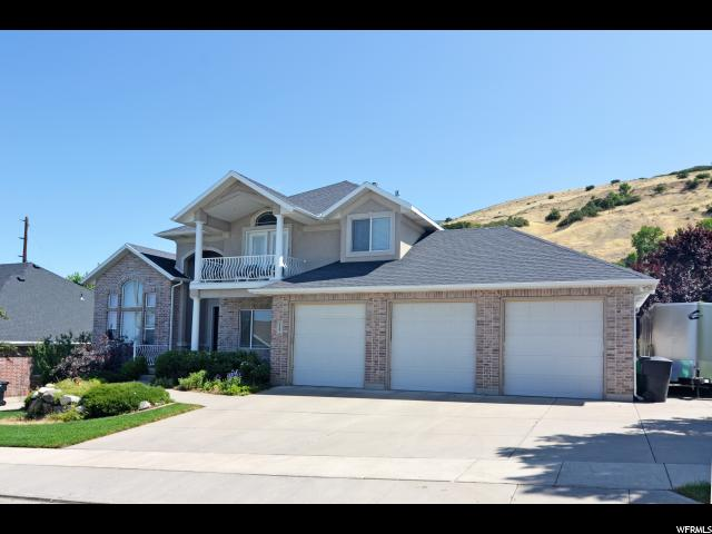 Single Family for Sale at 2142 N PARK HILLS Drive Centerville, Utah 84014 United States