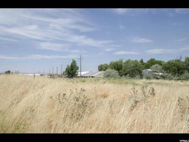 Additional photo for property listing at 4766 W 2100 N 4766 W 2100 N Plain City, Utah 84404 Estados Unidos