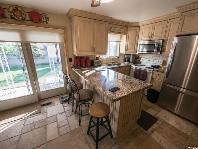 1088 E PLATINUM WAY Sandy, UT 84094 - MLS #: 1463132