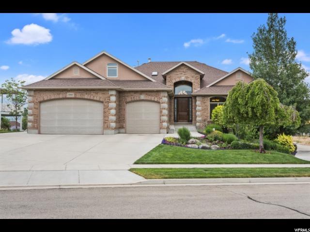 Один семья для того Продажа на 13341 S SUN RIVER Drive 13341 S SUN RIVER Drive Riverton, Юта 84065 Соединенные Штаты