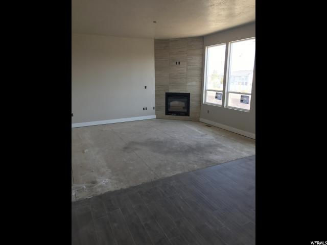 Additional photo for property listing at Unit: 102 Unit: 102 West Jordan, Юта 84081 Соединенные Штаты