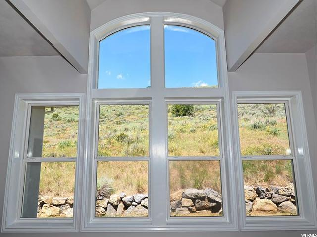 Additional photo for property listing at 5435 E PIONEER FORK Road 5435 E PIONEER FORK Road Emigration Canyon, Utah 84108 États-Unis