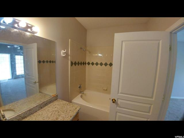 951 N SHETLAND LN Farmington, UT 84025 - MLS #: 1463702