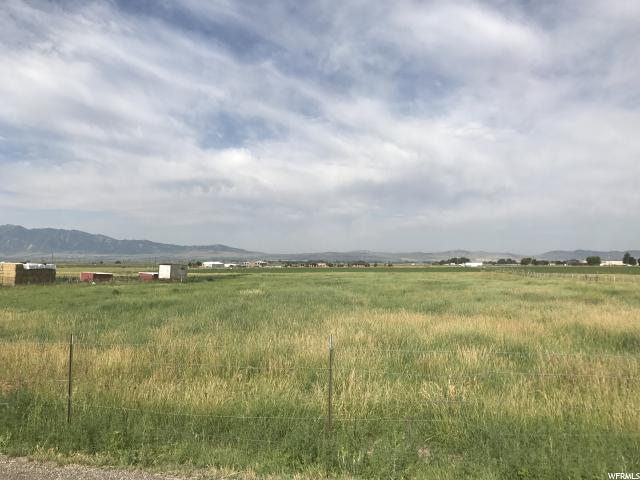 Additional photo for property listing at 300 E 4400 N 300 E 4400 N Smithfield, Utah 84335 Estados Unidos
