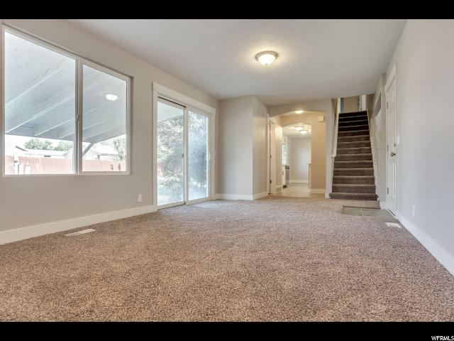 10072 S MCNAUGHTON CIR South Jordan, UT 84095 - MLS #: 1464077