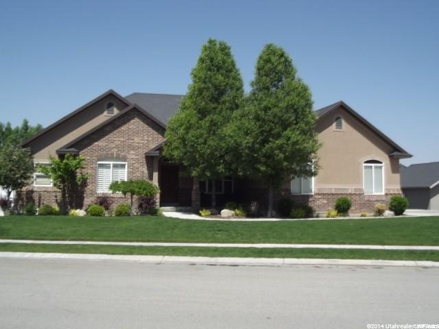 11368 S PALISADE RIM DR, South Jordan UT 84095