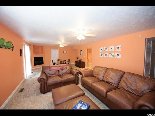Additional photo for property listing at 11368 S PALISADE RIM Drive 11368 S PALISADE RIM Drive 南约旦, 犹他州 84095 美国