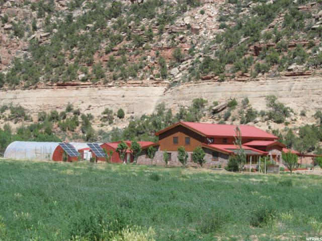 Farm / Ranch / Plantation للـ Rent في 36x24e263000, 1095 MONTEZUMA CANYON ROAD Monticello, Utah 84535 United States