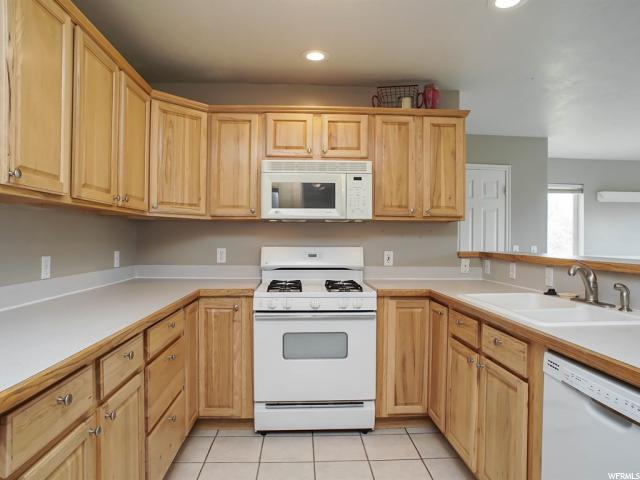 3102 N PELICAN DR Farr West, UT 84404 - MLS #: 1464807