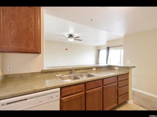 165 W ALBION VILLAGE WAY Unit 301 Sandy, UT 84070 - MLS #: 1464831