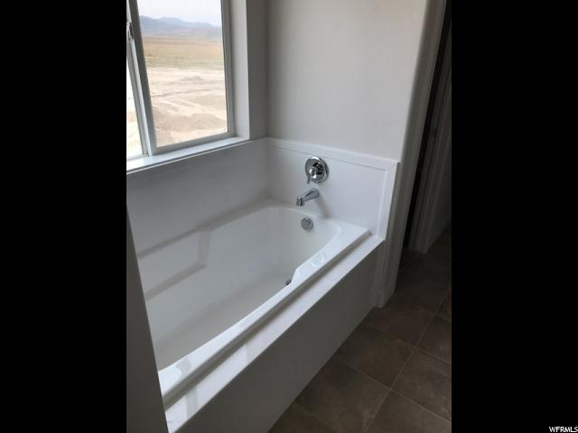 7711 N TIMBER COUNTRY RD Unit 304 Eagle Mountain, UT 84005 - MLS #: 1464852