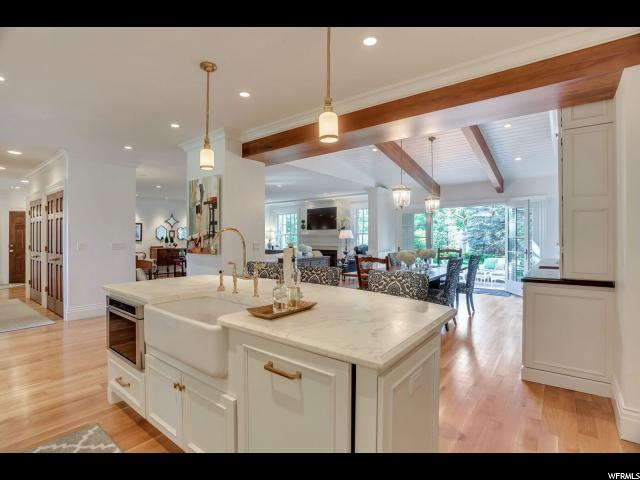 2265 E COUNTRY CLUB DR Salt Lake City, UT 84109 - MLS #: 1464943
