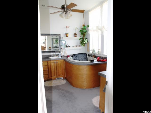 Additional photo for property listing at 1150 E DIRTY DEVIL CYN 1150 E DIRTY DEVIL CYN Hanksville, Юта 84734 Соединенные Штаты