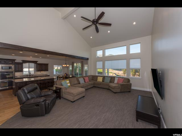 Additional photo for property listing at 1750 E WEBB WAY 1750 E WEBB WAY Layton, 犹他州 84040 美国