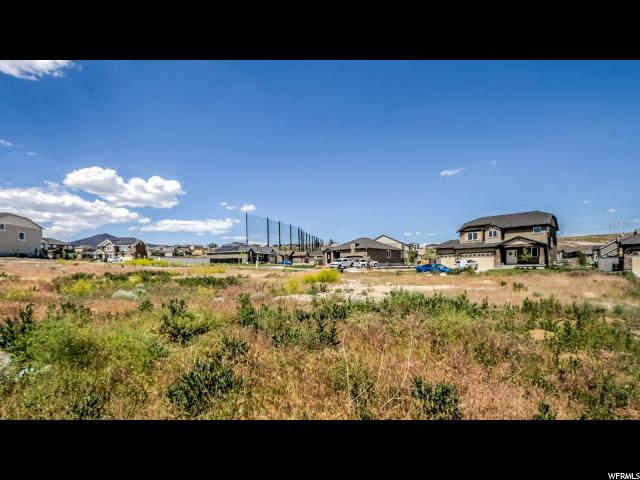 4152 E BERKSHIRE LN Unit 232 Eagle Mountain, UT 84005 - MLS #: 1465492