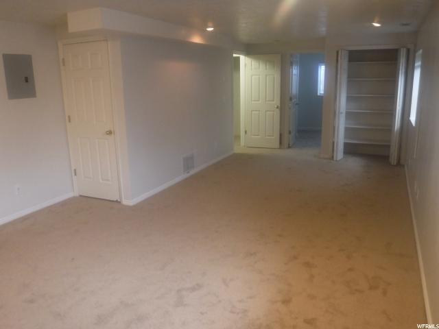 Additional photo for property listing at 2604 W BRUCEMONT Drive 2604 W BRUCEMONT Drive Taylorsville, Utah 84129 Estados Unidos