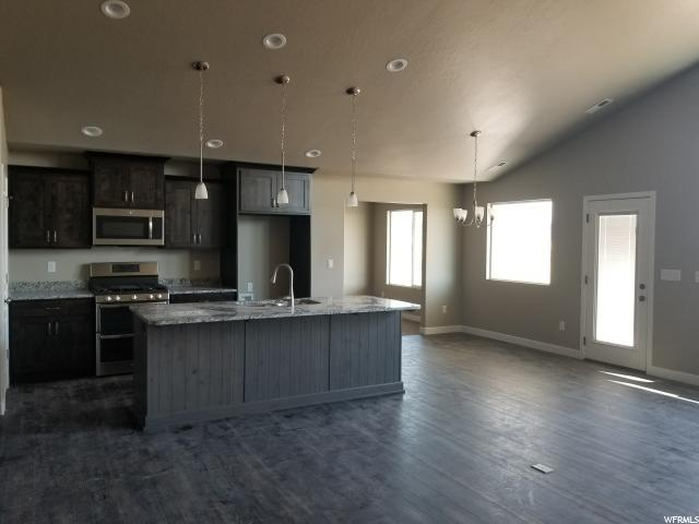 Additional photo for property listing at 3757 S 3375 W 3757 S 3375 W Unit: 37 West Haven, Utah 84401 United States